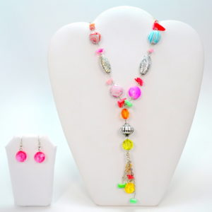 Long Silver Necklace Set With Striped Stones And Gems -0
